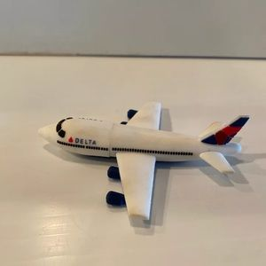 Delta Airlines Flash Drive Miniature Plane